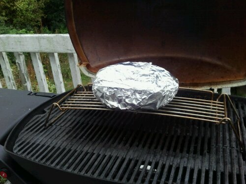 Cooking a roast on a barbecue